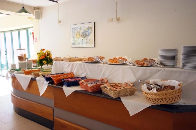 08 buffet colazione