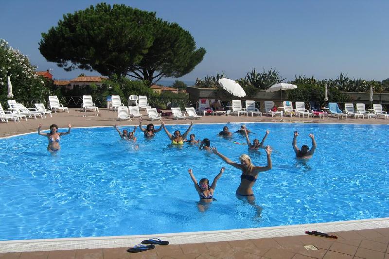 09 piscina 2