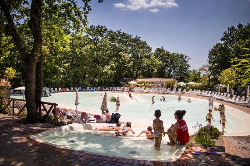 09 piscina