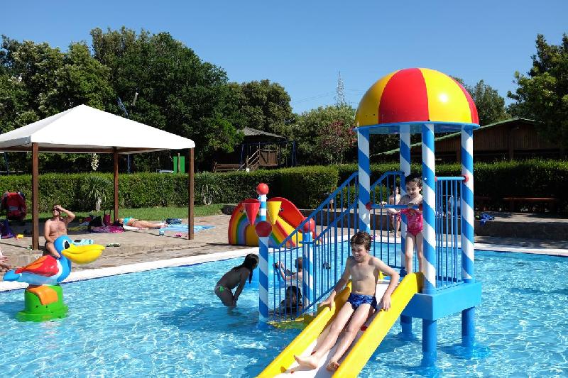 13 piscina bimbi