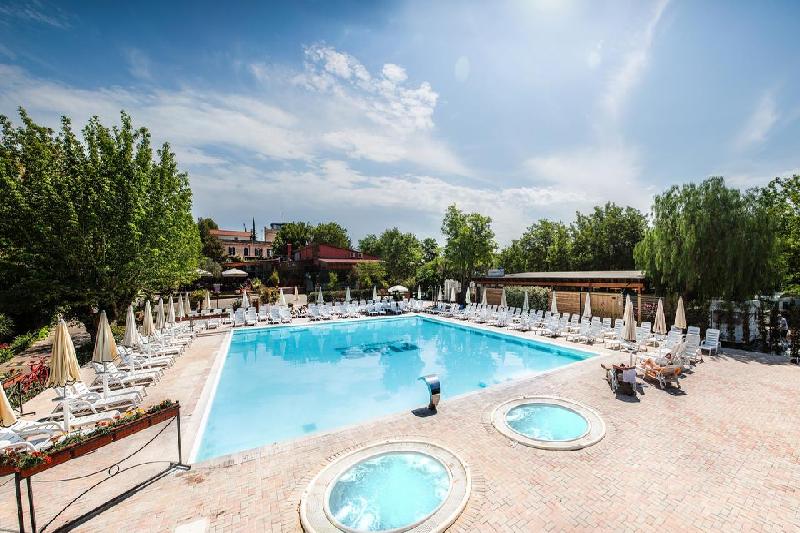12 piscina