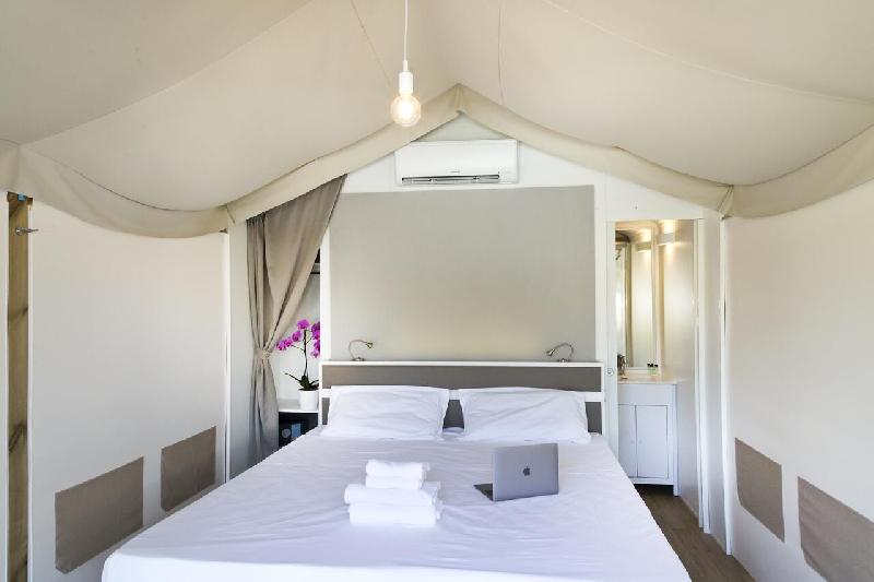 04 interno tenda